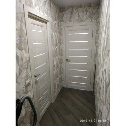 Двери Neapol BLK дуб латте Leador